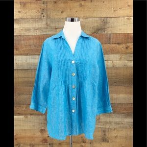 Foxcroft Women's Blue Shaped Fit Button Up Shirt